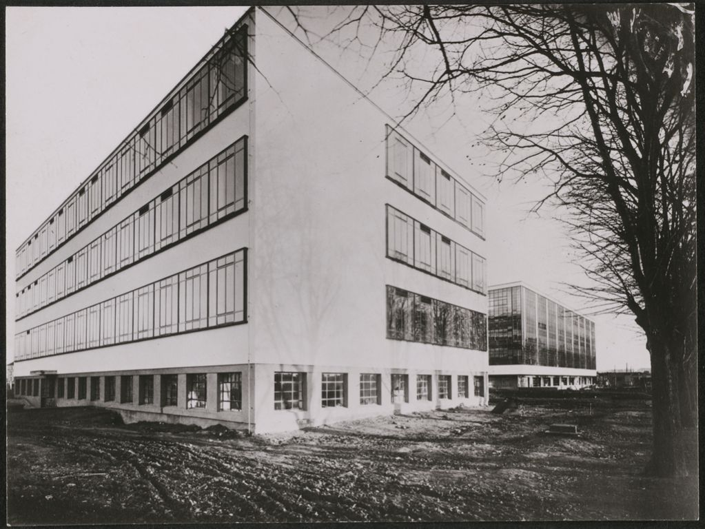 lucia schulz moholy bauhaus building dessau 1925 1926 view from