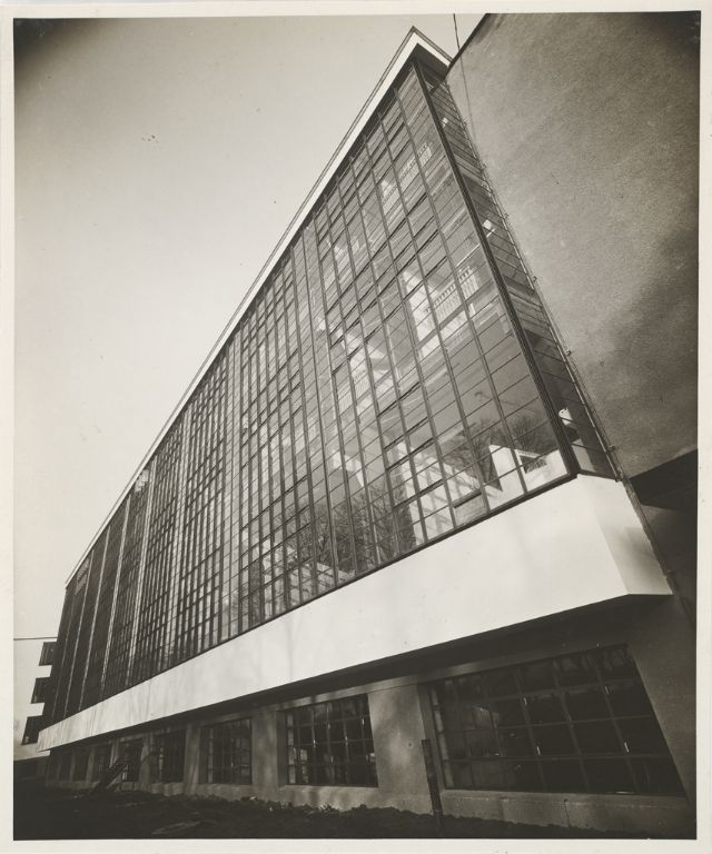 a description of the bauhaus who was founded in 1919 by an architect named walter gropius