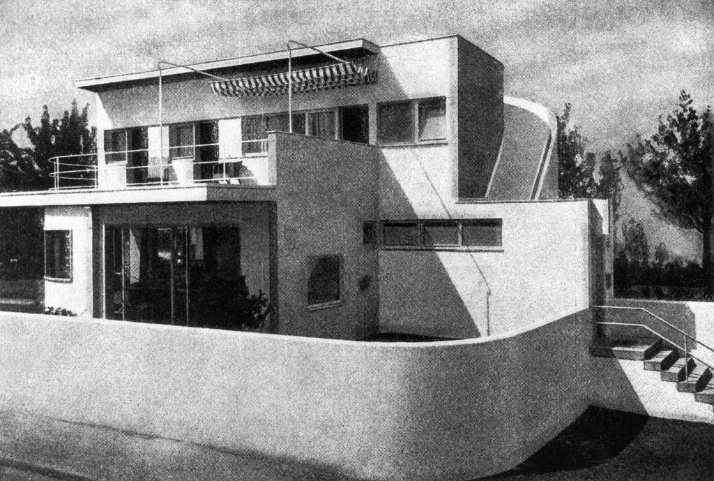 Stuttgart wei enhofsiedlung eckhaus rathenaustra e 33 for Villas weissenhofsiedlung