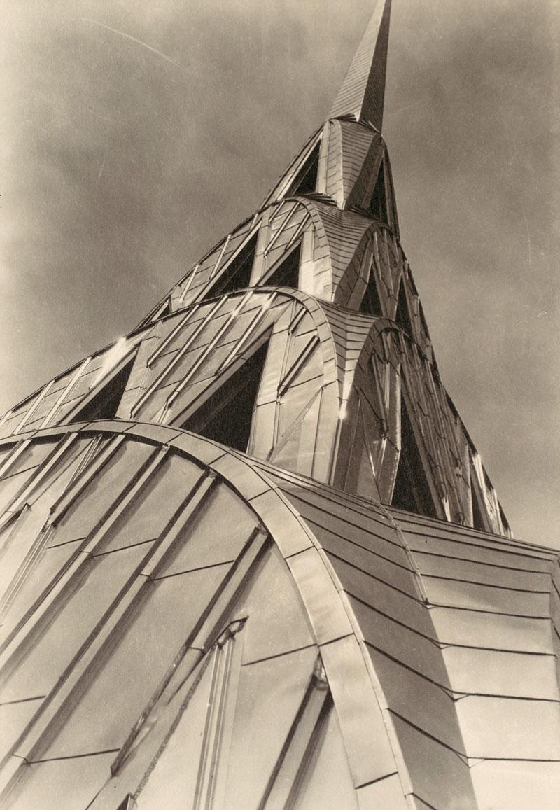 Ca s'est passé en août ! Margaret-bourke-white-chrysler-building-new-york-ca-1930e2809331