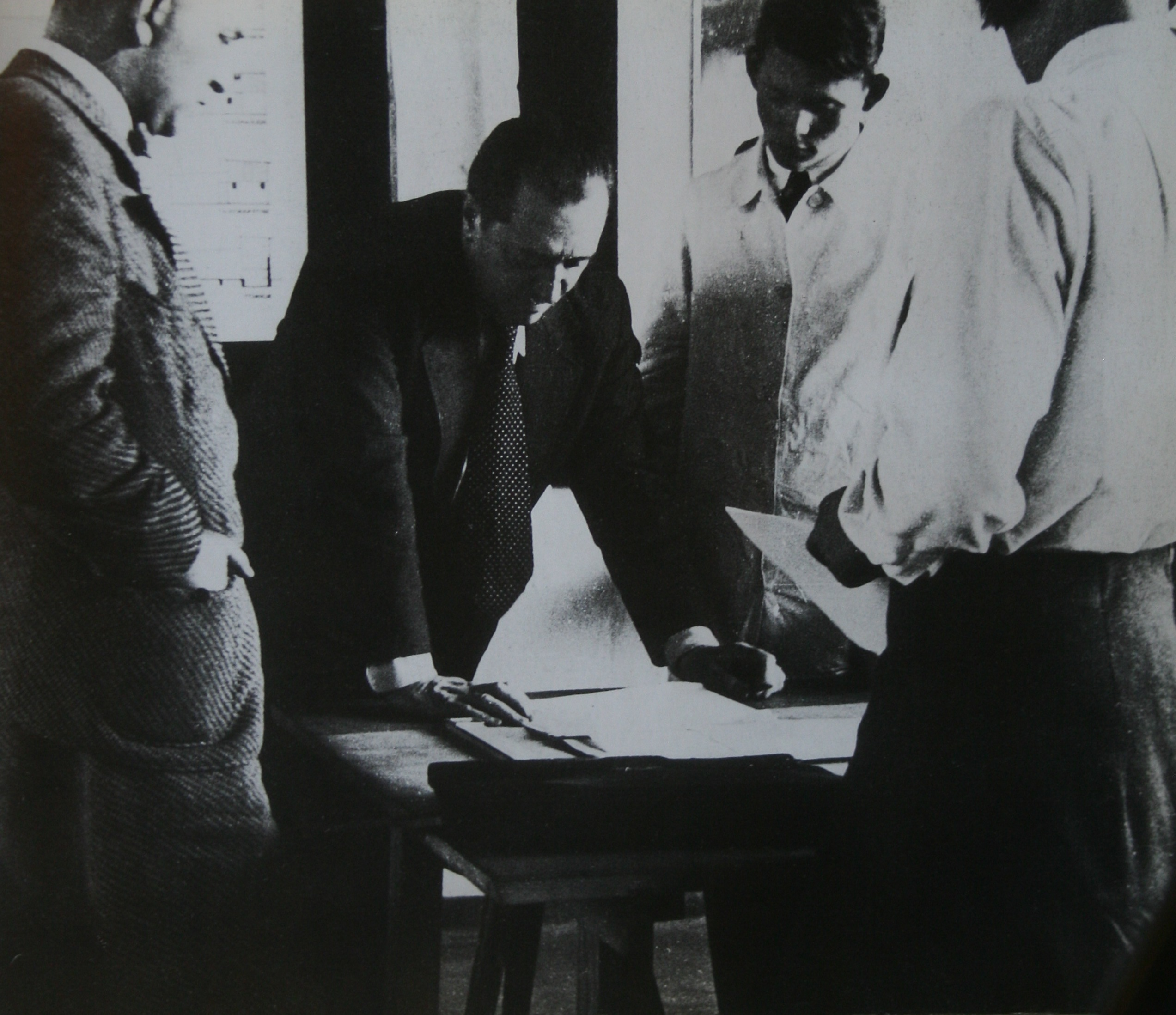 A Lesson With Mies Van Der Rohe At The Bauhaus School 1931 1932